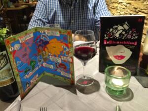 Carta del Restaurante Latitud y libro Sexistencialismo