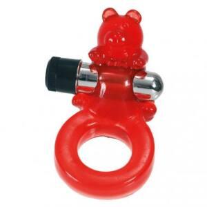 Anillo vibrador rojo con un osito que sostiene la bala vibradora