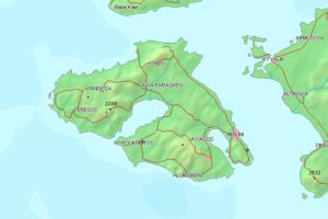 Mapa de la Isla de Lesbos situada en el Mar Egeo entre Grecia y Turquía. En el margen inferior derecho se encuentra la ciudad de Mitilene y en el superior izquierdo, Eresos