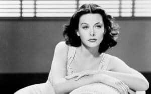 Foto en blanco y negro de Hedy Lamarr